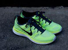 Nike Flyknit Lunar 1+ | Volt & Black