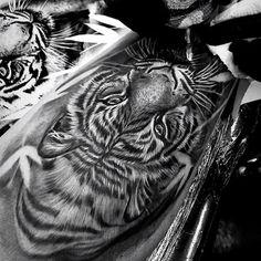 Cool Arm Tattoos, Leg Tattoo Men, Full Sleeve Tattoos, Tattoo Sleeve Designs, Leg Tattoos, Body Art Tattoos, Tattoos For Guys, Tatoos, Tigre Tattoo