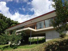 善光寺平を望む家: 伊東亮一建築設計事務所が手掛けたtranslation missing: jp.style.家.modern家です。
