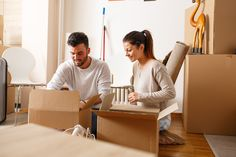 7 Must-Read Tips That Make Moving in Together a Lot Smoother House Movers, Rule Of Thumb, Moving In Together, Packers And Movers, Mls Listings, Next At Home, Money From Home, Home Buying, Hold On