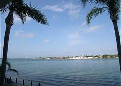 2 Bedroom Apartment Rental in Saint Petersburg, Florida, USA - Everything is Better on Isla~Sun, Sand & Salt Air! Holiday Apartments, Rental Apartments, St Petersburg Fl, Holiday Lettings, Vacation Home Rentals, Rental Property, Compass, Travel Photography, Salt