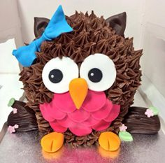 Freshly baked cupcakes, tea and coffee, cupcake gifts and more. Come and relax at Hey Little Cupcake! Cupcake Cake Designs, Big Cupcake, Giant Cupcake Cakes, Bird Birthday Parties, Owl Parties, Sugar Cookie Cakes, Owl Cakes, Fondant, Animal Cakes