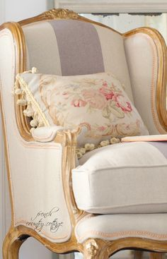 FRENCH COUNTRY COTTAGE: Linen & French Blue Chair. Love this chair!