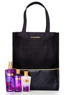 Victoria Secret Love Spell Gift Set on Bag - http://www.theperfume.org/victoria-secret-love-spell-gift-set-on-bag/