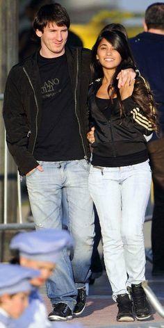 Antonella Roccuzzo & Messi