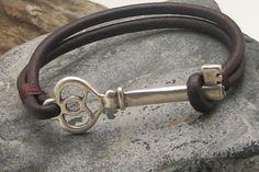 Bracelet clé en livraison EXPRESS. Bracelet cuir bracelet en cuir marron multi…
