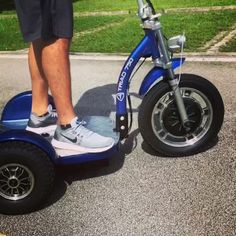 TRIAD Quantum Dual The only REAR drive 3 wheel electric vehicle for adults Trike Scooter, 3 Wheel Scooter, Tricycle Bike, 3 Wheel Motorcycle, Scooter Wheels, Kids Motorcycle, Motorcycle Jackets, Motorcycle Quotes, Motorcycle Helmets