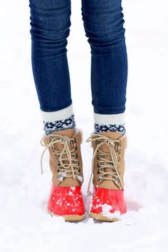 Bean boots. These make so much sense for seattle.... why doesn't anyone wear them??