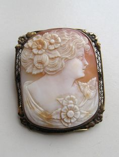 Etsy Antique Cameo #etsy #cameo #brooch #jewelry #accessories #antique #fashion