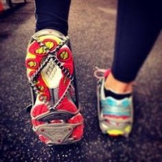 6 New Must-Haves for Cold Runs: yaktrax run - if I lived anywhere other than Louisiana I would so buy these. And how it's been the past week I may need to anyway! Best Running Shorts, Running Gear, Running Workouts, Running Women, Running Shoes, Woman Running, Trail Running, Running In Cold Weather, Winter Running