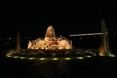 Versailles Fountains Night Show – artmeter.co