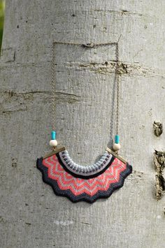 Chevron Crown - knitted coral statement necklace with chain and bead detail. £28,00, via Etsy.