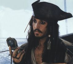 Johnny Depp as Captain Jack Sparrow in Pirates of the Caribbean: The Curse of the Black Pearl Johnny Depp, Here's Johnny, Captain Jack Sparrow, Jake Sparrow, Movies Showing, Movies And Tv Shows, Pirate Life, Pirates Of The Caribbean, Good Movies
