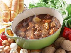 Slow Cooker Beef Stew - Get Crocked Slow Cooker Recipes from Jenn Bare for Busy Families Crock Pot Recipes, Sopa Crock Pot, Crock Pot Slow Cooker, Crock Pot Cooking, Slow Cooker Recipes, Beef Recipes, Soup Recipes, Dinner Recipes, Cooking Recipes