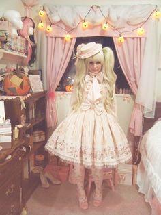 Lolis Love Lace