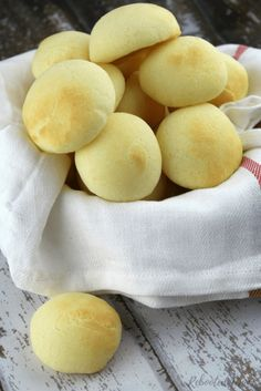 Brazilian Cheese Puffs (also known as Pao de Quiejo) are beautiful cheesy gems that are gluten-free, grain-free, and easy to make with simple ingredients! Celiac Recipes, Gluten Free Recipes, Cooking Recipes, Bread Recipes, Healthy Recipes, Gluten Free Grains, Gluten Free Baking, Brazilian Cheese Puffs, Grain Free Bread