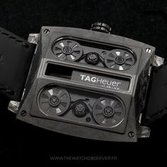 The Watch Observer brings you these beautiful shots of the Monaco V4 Phantom, the latest creation of the TAG Heuer Haute Horlogerie. With a case and movement made completely of Carbon Matrix Composite, beautifully displayed through its sapphire caseback. http://tag.hr/WatchObserverV4 ‪#‎Baselworld2015‬