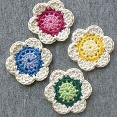 Little Crocheted Flowers