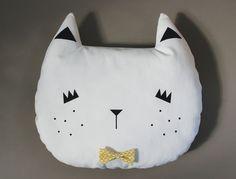 Coussin en forme de tête de chat, tuto, diy, couture