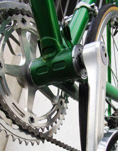 1978 Gazelle Champion AA bicycle green Vintage Bikes, Road Bike, Outdoor Power Equipment, Champion, Bicycle, Green, Bicycle Kick, Vintage Motorcycles, Bike