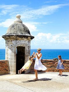 Puerto Rico Vacation: Our Easy, Kid-Friendly Guide (via FamilyFun Magazine)