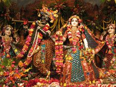Radha Madhava lyrics and lecture Radha Krishna Holi, Baby Krishna, Radha Krishna Pictures, Krishna Love, Shree Krishna, Krishna Art, Krishna Images, Radha Kishan, Iskcon Krishna