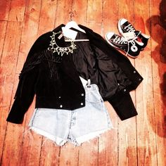 at its best ! Vintage Shops, Bomber Jacket, Jackets, Shopping, Fashion, Vintage Stores, Down Jackets, Moda, Fashion Styles