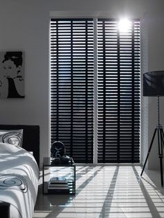Bedroom Loft Privacy Sliding Doors New Ideas Bedroom Loft, Home Bedroom, Modern Bedroom, Bedroom Decor, Bedroom Color Schemes, Bedroom Colors, Modern Shutters, Black Blinds, Store Venitien