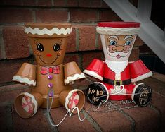 Terra cotta Clay Pot Gingerbread Man, Or Santa Clause - My own original design, hand-painted, and cr Painted Clay Pots, Painted Flower Pots, Hand Painted, Painted Pebbles, Flower Pot People, Clay Pot People, Flower Pot Crafts, Clay Pot Crafts, Diy Crafts