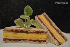Orechovo - citrónové rezy na oplátke...Na Vianoce určite budú aj tieto. Czech Recipes, Ethnic Recipes, Dessert Recipes, Desserts, Nutella, Tiramisu, Cheesecake, Erika, Food