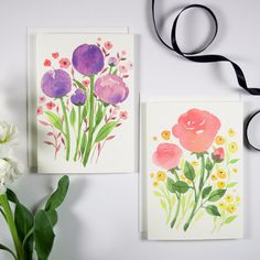 """Watercolor floral blank note card set of 8, 4 of each colors. Cards featuring original watercolor floral illustrations. A set of 8, 3.5"""" x 5"""" folded cards, blank inside, printed on 120 lb white paper"""