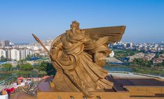 the statue of Chinese general/warrior/god of war Guan Yu (关羽) is complete & ready to be officially open to the public. it is 58 meters tall & weights over 1,320 TONS. | location: China (中国), Hubei (湖北) province, Jingzhou (荆州) | photos: CCTV News https://www.facebook.com/cctvnewschina/posts/1271336046240546