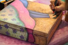 Con Tus Manos: Trabajos de las alumnas Altered Canvas, Altered Art, Vintage Country, Vintage Wood, Art Impressions, Country Crafts, Mini Paintings, Scrap, Wood Creations