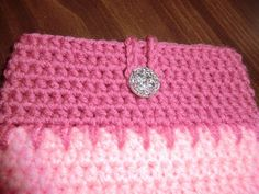 Pink Kindle Cover by primatwinstar on Etsy, $10.00