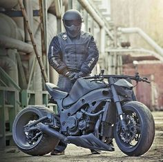 street fighter Which of these Bikes is your best choice to hit the Road?busa street fighter Which of these Bikes is your best choice to hit the Road? Vrod Custom, Custom Hayabusa, Moto Bike, Motorcycle Bike, Cool Motorcycles, Triumph Motorcycles, Super Bikes, Hayabusa Streetfighter, Motocross