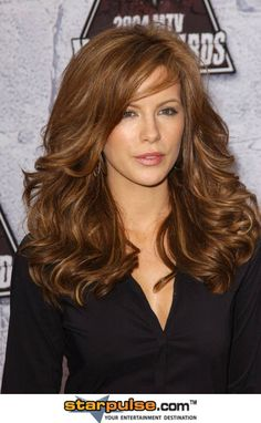 Can't get enough of Kate Beckinsale's hair.