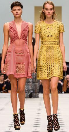 Burberry Spring Summer 2016 Burberry has to be my fav Fashion Details, Look Fashion, Runway Fashion, High Fashion, Fashion Show, Womens Fashion, Fashion Trends, Mode Crochet, Pinterest Fashion