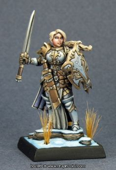 Reaper Miniatures :: OnlineStore Trista, the White Wolf