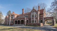Wayne mansion re-lists with new price tag, listing photos