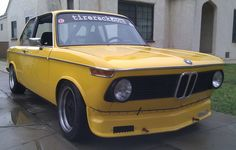 1975 BMW 2002 - Front View