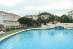 Big pool! Summer time!!
