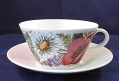 Arabia of Finland, Valmu, Esteri Tomula, Tea cup and saucer