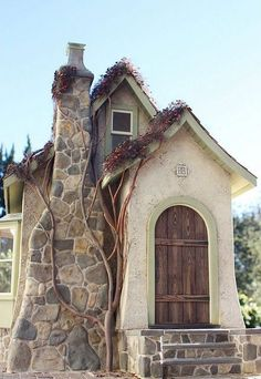 Tiny Stone Cottage Interior And Exterior Design Ideas - TopDesignIdeas Little Cottages, Cabins And Cottages, Little Houses, Stone Cottages, Small Houses, Storybook Homes, Storybook Cottage, Cozy Cottage, Cottage Homes