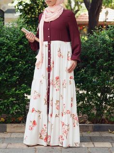 Printed Ruffled Buttoned Abaya - Summer Collection - Women