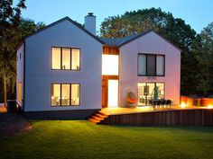 Modern luxury house and garden. A picture of a modern luxury house and garden , Sliding Windows, Windows And Doors, Black Windows, Cool Lighting, Outdoor Lighting, Modern Windows, Aluminium Windows, Passive House, Home Inspection