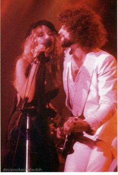 Stevie Nicks and Lindsey Buckingham, Rumours Tour