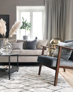 The Best Beige Living Room Design Ideas - Designing a living room decor is a key to transforming an ordinary room to a wonderful one. A few simple steps can be easily done and make a big diffe. Beige Living Rooms, Living Room Trends, Living Room Green, Living Room Colors, Living Room Inspiration, Living Area, Living Room Decor, Interior Design Living Room, Living Room Designs