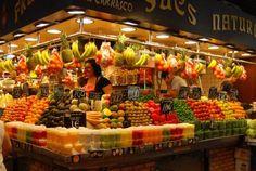 Fruit Drinks, Fruit Juice, Fruit And Veg, Fruit Fruit, Don Chuy, Mercado Madrid, La Boqueria, Juice Bar Design, Sumo Natural