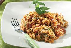 Μελιτζανοπίλαφο Greek Cooking, Food Categories, Greek Recipes, Fried Rice, Stew, Risotto, Main Dishes, Food And Drink, Vegetarian