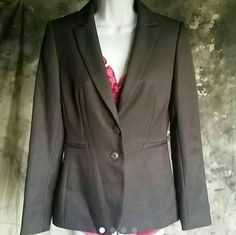 Beautiful Fitted Tahari Career Blazer Jacket Sz 2 Like new, extremely figure flattering blazer for the career woman. Originally $188. My items are already priced to sell but reasonable offers may be considered on items over $10 (and low ball offers are completely ignored). All items are cross-listed. I ship fast. As always, , bundle discount will apply when using the bundle feature. Tahari Jackets & Coats Blazers